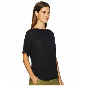 Free People  Small  Black Boat neck top M6-03